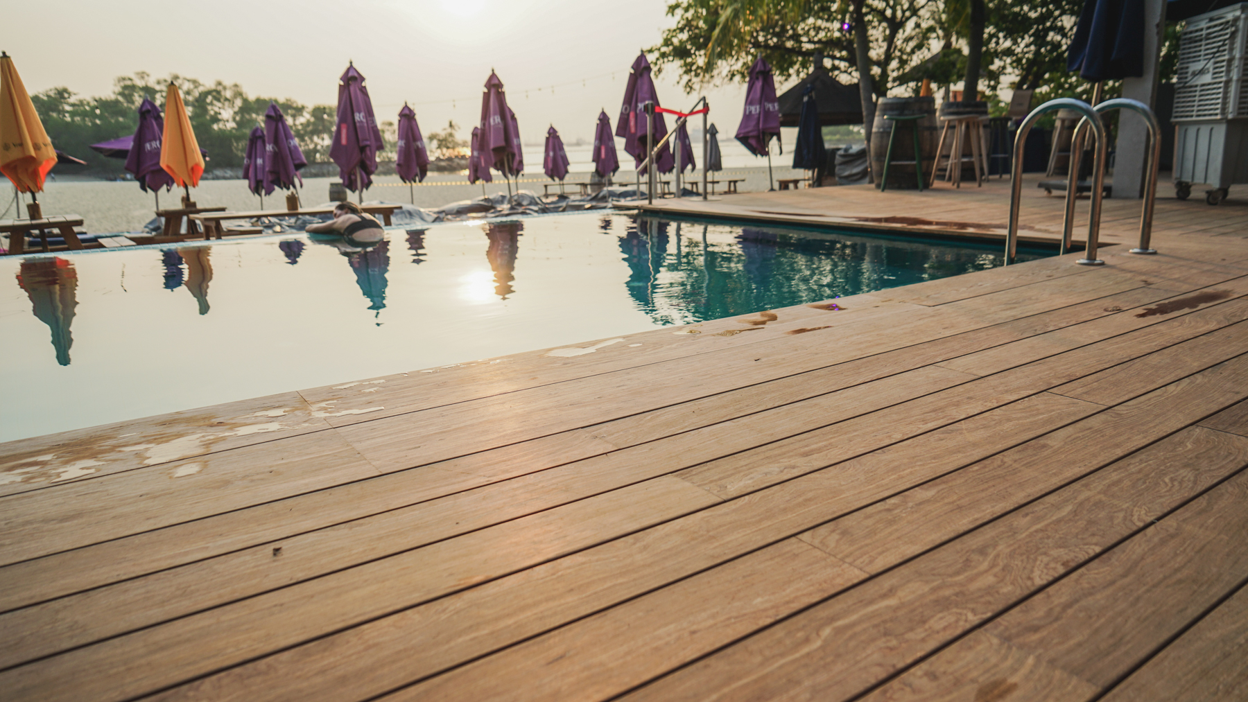 Onewood Decking at FOC Sentosa Beachside