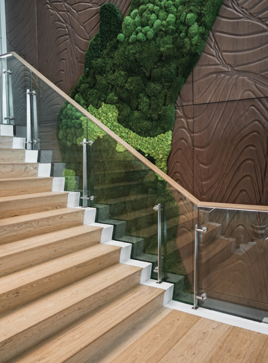 Onewood staircase tread and riser at Rajah & Tann Asia Office